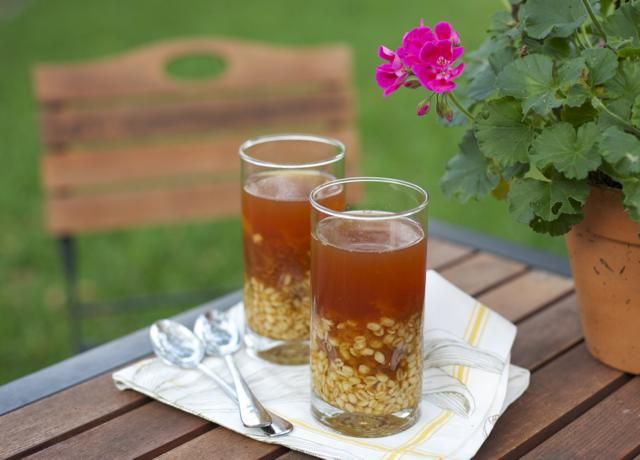 Mote con huesillos / Wheat berry or barley drink with dried peaches
