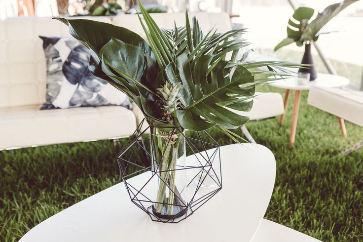 Tropical wedding reception styling at Willowfarm, Berry, NSW