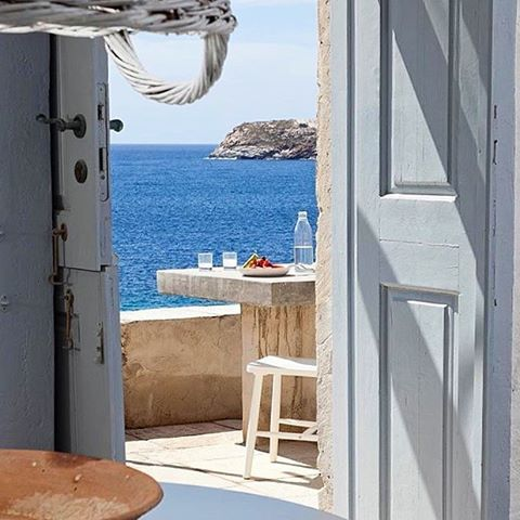 Relaxing deep blue sea view , at Serifos island (Σέριφος)☀️. In this island there are many traditional villages and great beaches to discover