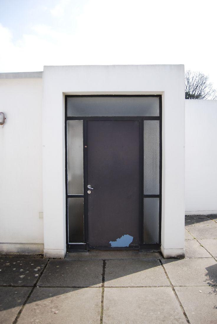 Door | Ville Savoye | Le corbusier