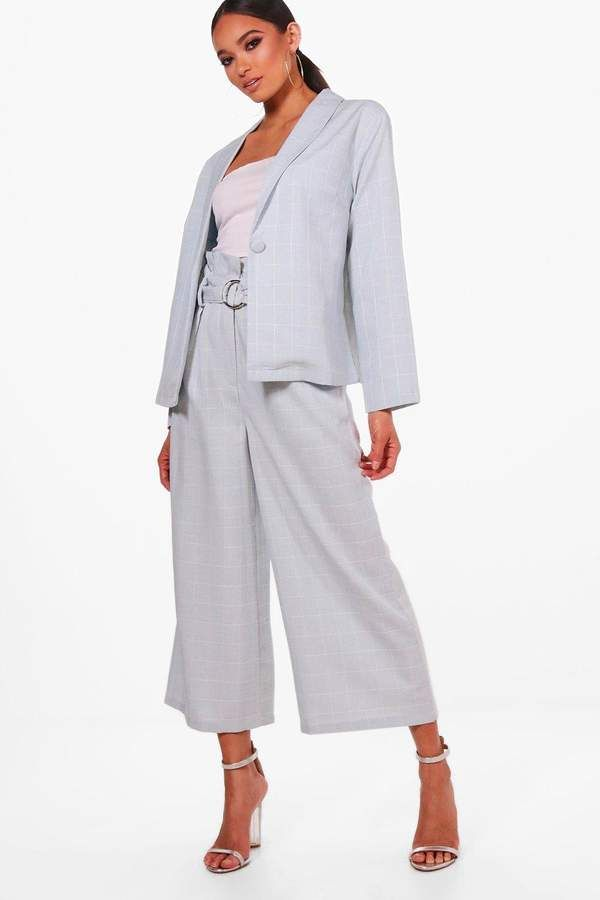 436385a1470 boohoo Kate Ring Belt Paperbag Waist Trouser | *** Outfit Ideas ...