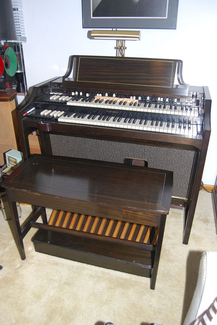 cool Classic Hammond A101 Organ and Leslie 122 Tone Cabinet Speaker   Check more at http://harmonisproduction.com/classic-hammond-a101-organ-and-leslie-122-tone-cabinet-speaker/