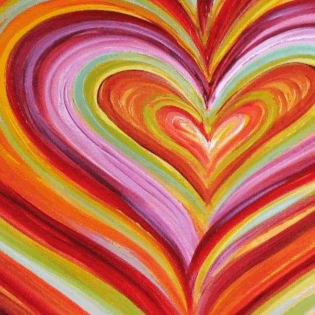 A multi coloured heart that would look good on a smoothie bottle.