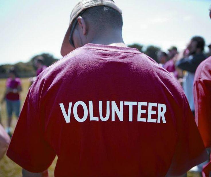 5 páginas web para unirse a causas sociales -- volunteer_800x669