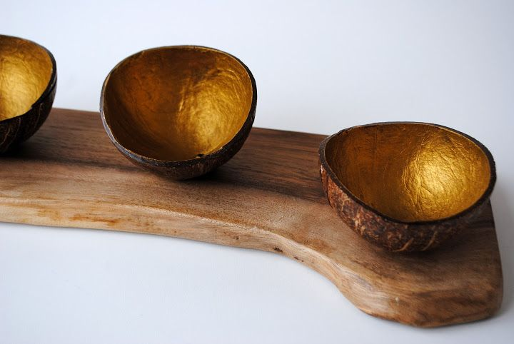 DIY - Coconut Shell Bowls on Wooden Base