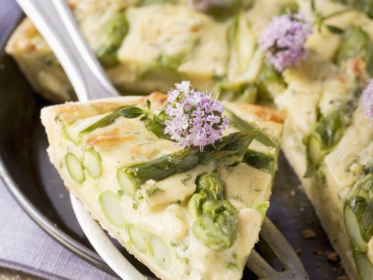 Kartoffelkuchen mit Spargel >> http://eatsmarter.de/rezepte/kartoffelkuchen-mit-spargel