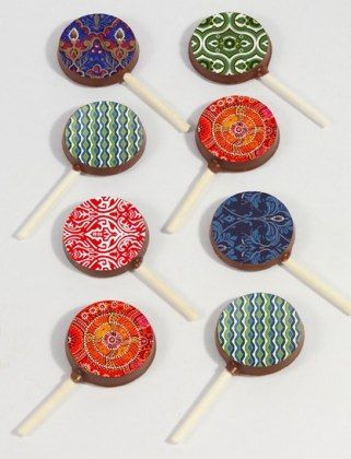 50 Under 15 Dollars Gift Guide: CHOCOLATE MINI POPS ,#gifts of compassion, #sweet gift wrap, #diy gifts, #gift boxes