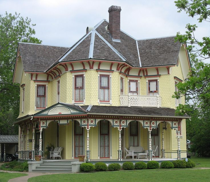 17 best ideas about old victorian homes on pinterest for Victoria home builders