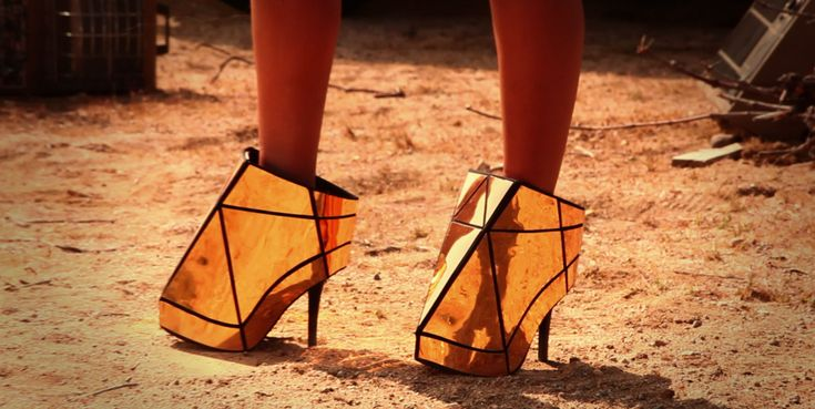run the world gold shoes beyonce