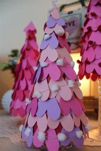 Christmas tree. Visit nipiorama.blogspot.com for instructions.