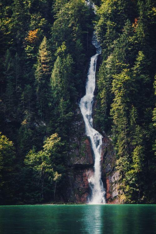 VIDA Foldaway Tote - Waterfall by VIDA 2gCWpYbFd4