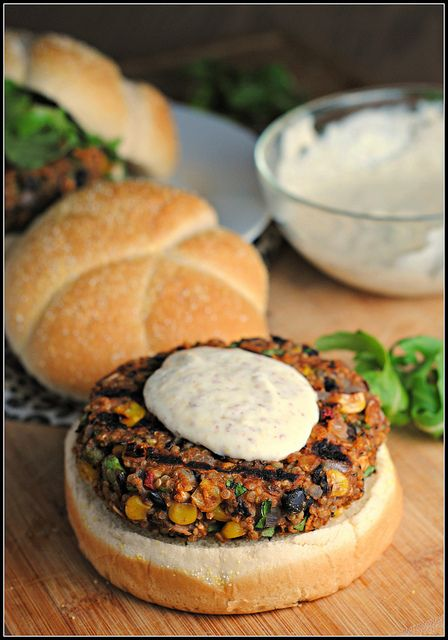 Quinoa, Black Bean & Veg Burger. Olive oil; 1 red onion & 2 cloves garlic, chopped; 1/2 tsp salt; 1x425g can black beans, drained, rinsed; 2 T tomato paste; 1 large egg; 1.5 C cooked quinoa; 2/3 C corn; 1/2 C cilantro; 1 T chilli sauce; dash smoked paprika; 2 tsp ground cumin; 1/2 C rolled oats; 1/4 C oat flour. Heat oil in pan, saute onion, garlic. Place in bowl, add beans & mash. Add other ingredients. Mix well. Form into 6 patties. Refrigerate overnite. Cook on bbq.
