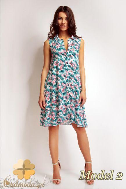 Modna sukienka w kwiaty z zapinanym dekoltem marki Karen Styl.  #cudmoda #moda #sukienki #clothes #glamour
