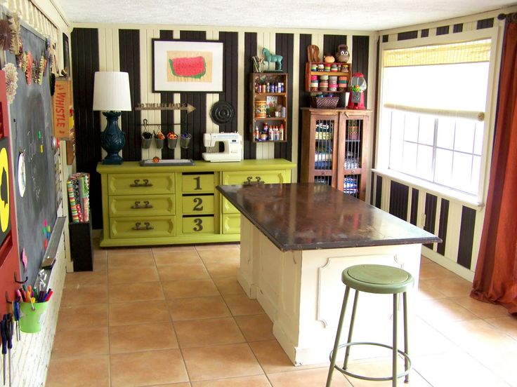 This whole craft room... for $ 75 >> WOW! Same floor that is in my studio too! Love the island/workspace. Make sure you click on the picture to see all the details, very well done and so frugal!