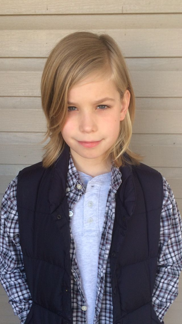 Long haired boy | Boys long hairstyles, Long hair styles, Boy hairstyles