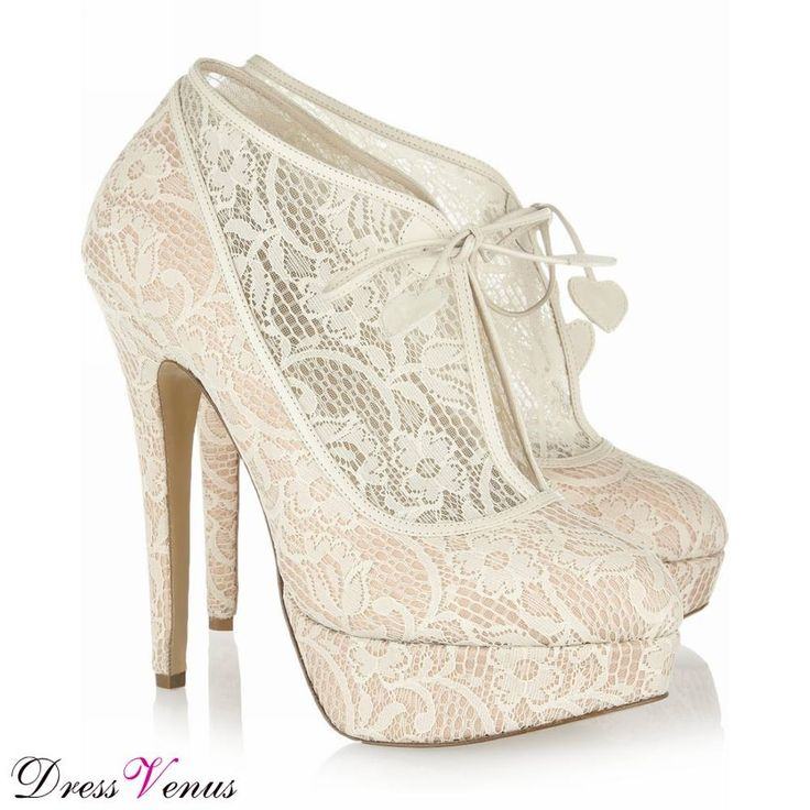 These would be perfect for so many occasions - a wedding, a party, prom. Amazing shoes. #shoes #fashion