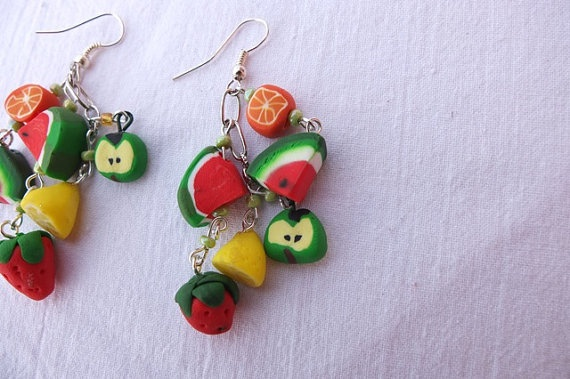 These unique Earrings consists of many fruits that are combined into a fruit mix. You are sure to impress your friends with this accessory. For a even more astonishing look get the Summer Fruit Bracelet that have the same style suitable for any age females.