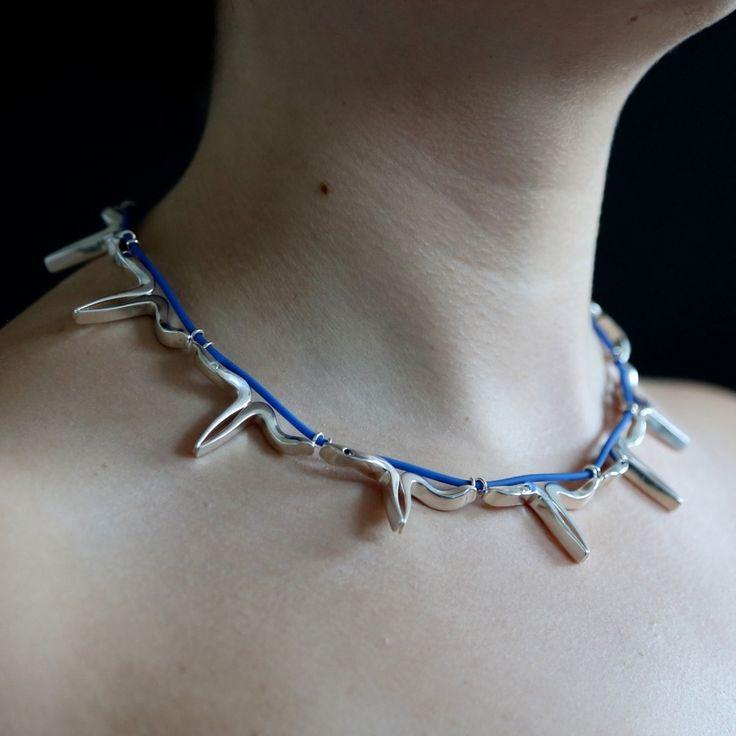 AURORA - Halsband av Irina Danilenko