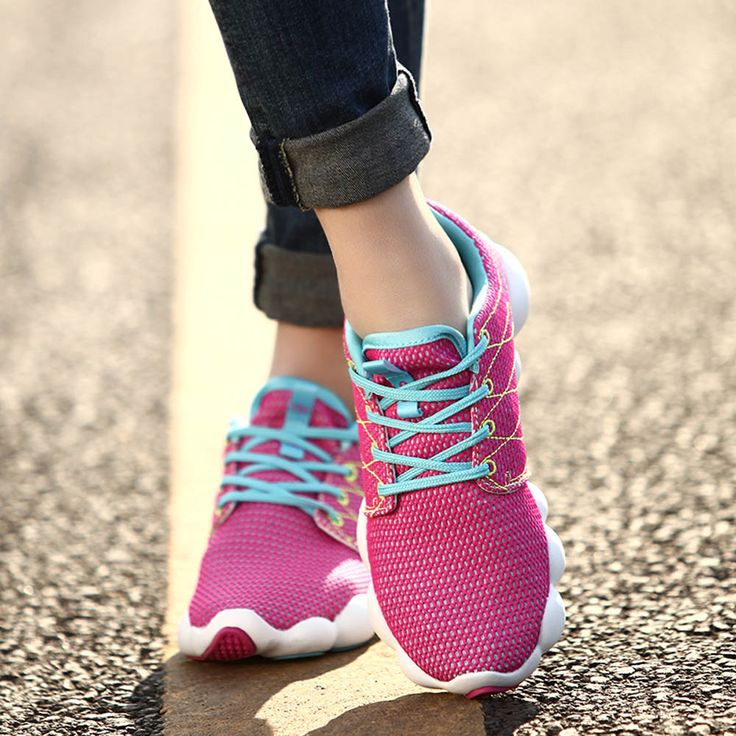 New Women Lightweight Breathable Sneakers