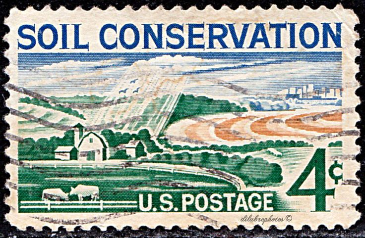 USA.  Soil Conservation Issue.   Modern Farm.   Tribute to farmers and ranchers who use soil and water conservation measures.  Scott 1133 A577.  Issued  1959 Aug. 26,  4c. /ldb.