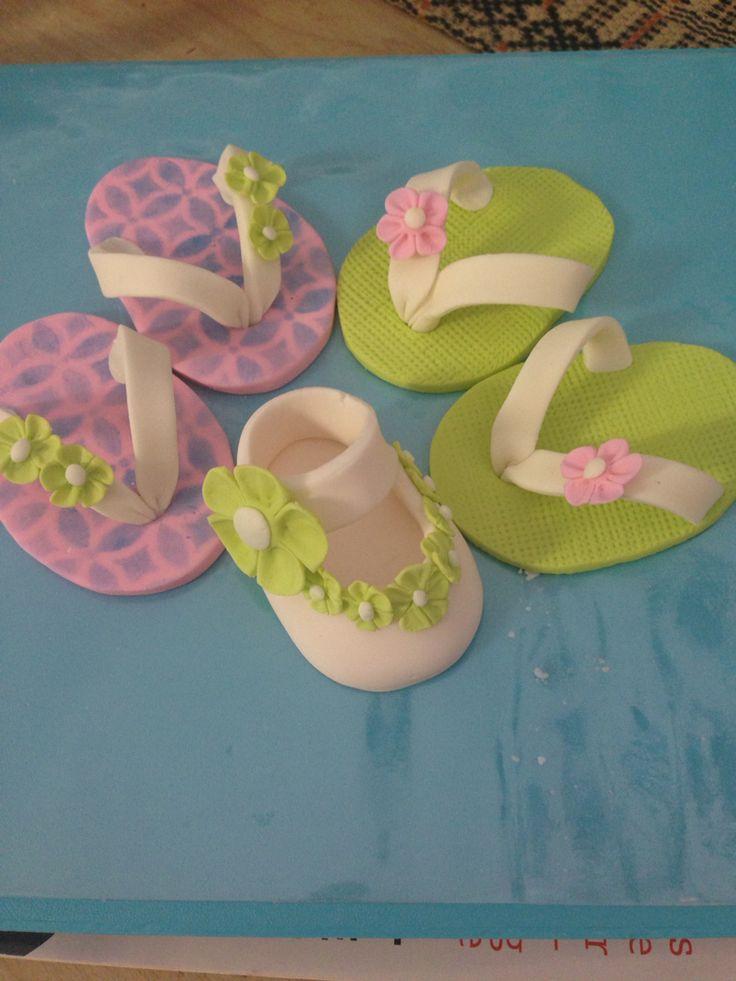 Best 25+ Fondant baby shoes ideas on Pinterest Fondant ...