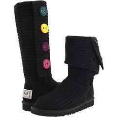 Uggs!: Kids Clothes, Kid Shoes, Kids Shoes, Button Uggs, Cutest Kids, Ugg Kids, Gifts For Me, Friday Ugg Boots, Christmas Gifts