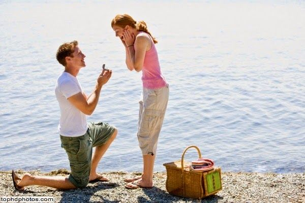Cute Boy Propose to Girlfriend Love Couple | Wallpaper