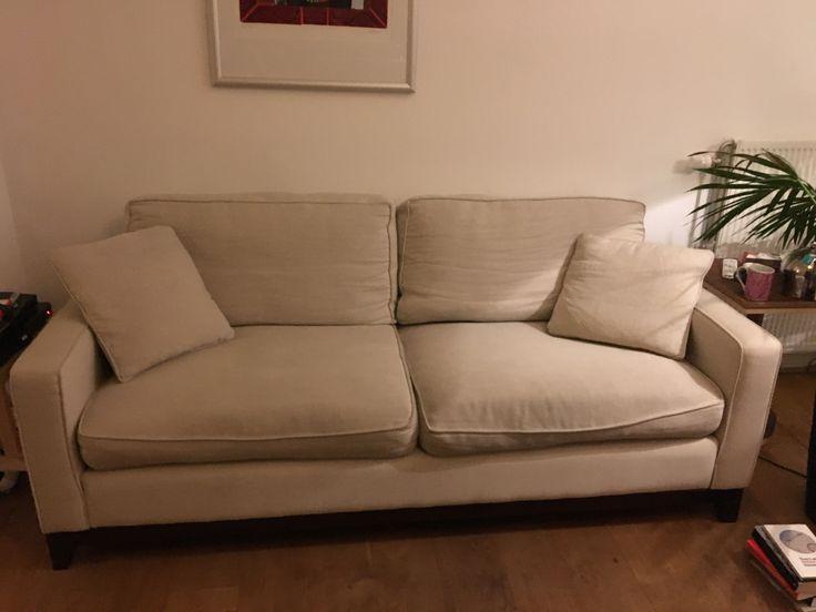 Dit is onze bank nu van sofa.com. We twijfelen tussen opnieuw bekleden (900 euro) en aanvullen met ander element of nieuwe bank aanschaffen