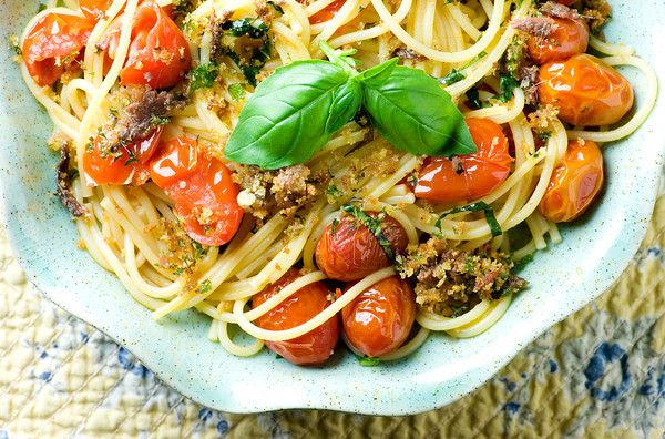 Roasted Tomato and Anchovy Oreganata PastaAnchovy Aboard, Recipe, Roasted Tomatoes, Oreganata Pasta, Anchovy Oreganata, Food Heavens, Food Entertainment, Anchovy Pasta, Food Drinks