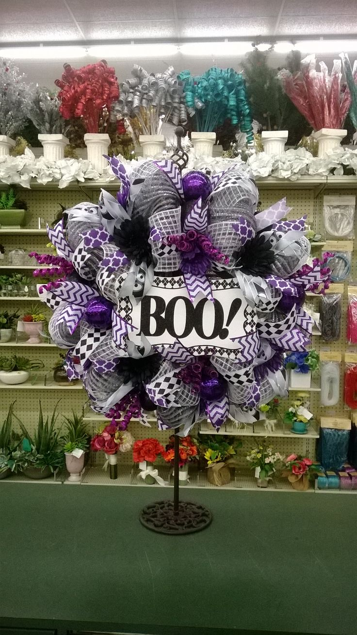 and different colors i love the diff textures - Deco Mesh Halloween Garland