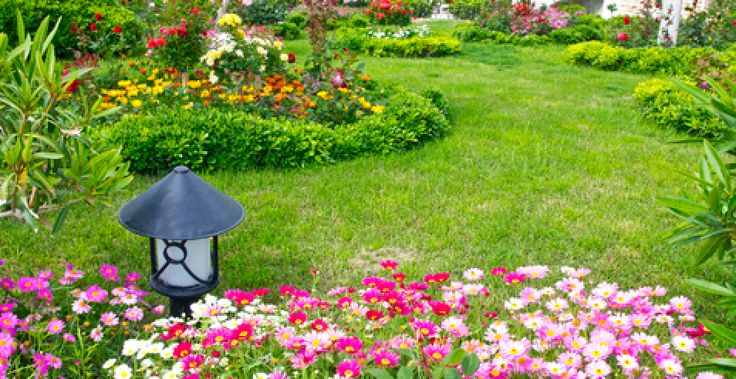 Avoid triangular shaped flower beds the triangle is the for Flower bed shapes designs