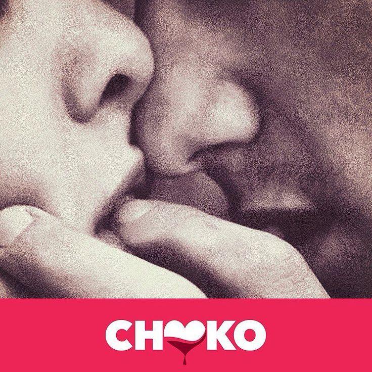 Tra la tua pelle e i miei desideri ci sono patti segreti pure a me. Ma mi fido ciecamente  #arrivaCHOKO Chocolate Passion for Chocolate Sinners  #miglioriamiche #instalove #lovers #speranza #vivere #sentimenti #amanti #donne #amore #love #donna #siamodonne #amiche #amica #girls #moodoftheday #frasi #tumblr #aforismi #citazioni #cioccolato #cioccolata #cioccolatacalda #pensiero