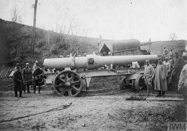 """WWI covered live on Twitter: """"French gunners transporting a 240 mm heavy artillery gun with a tractor near Beaurieux Mar 4 1917 https://t.co/qtaZwvZfOT https://t.co/Do2Jf91zKW"""""""