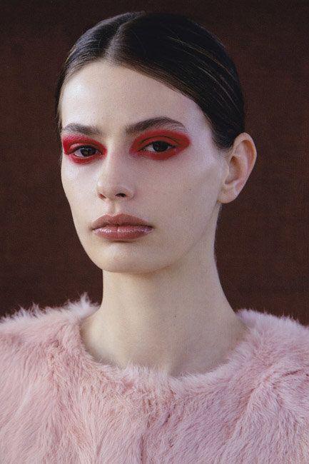 Oyster Beauty: 'Van Diemen's Land' Shot By Bowen Arico | Fashion Magazine | News. Fashion. Beauty. Music. | oystermag.com