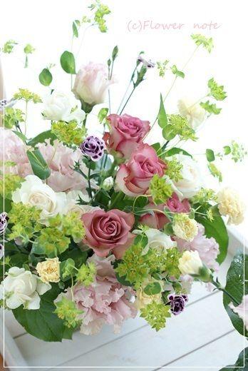 【母の日】お母さんありがとう(その1)|Flower note の 花日記 (横浜・上大岡 アレンジメント教室)