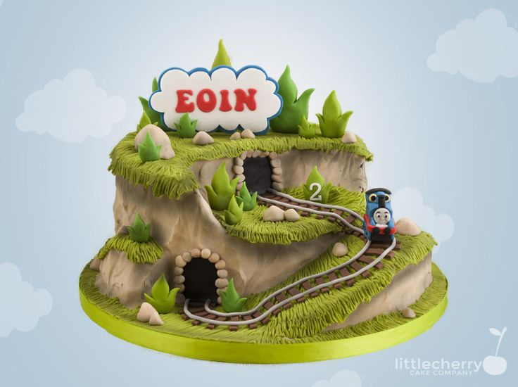 Thomas the Tank Engine Cake by Little Cherry