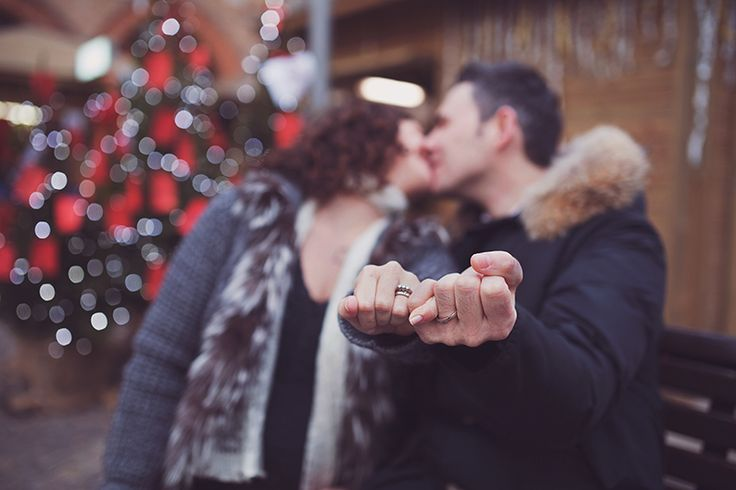 winter love by Nadia Di Falco photographer #love #engagement #family #pregnancy #shooting #photography #winter #christmas