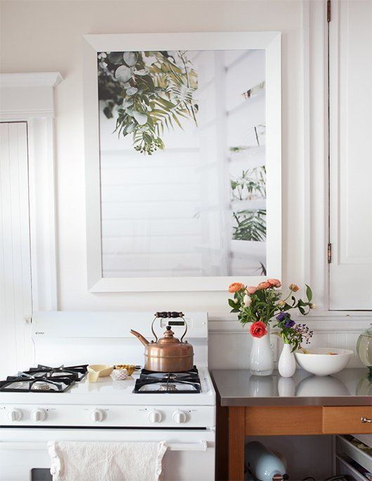 Let There Be Light!: Tricks to Add Sunshine to a Windowless Room | Apartment Therapy
