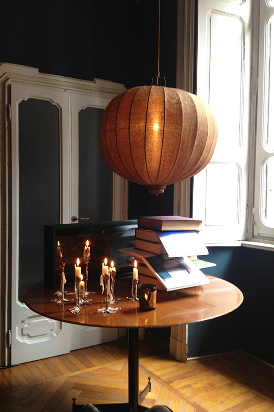 Dimore studio, Via Solferino, Milano  #interiors #decorations #bougie #books