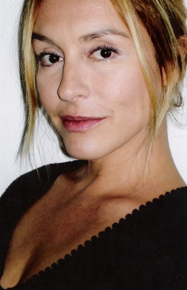 Jeanne Savary Nude Photos 8