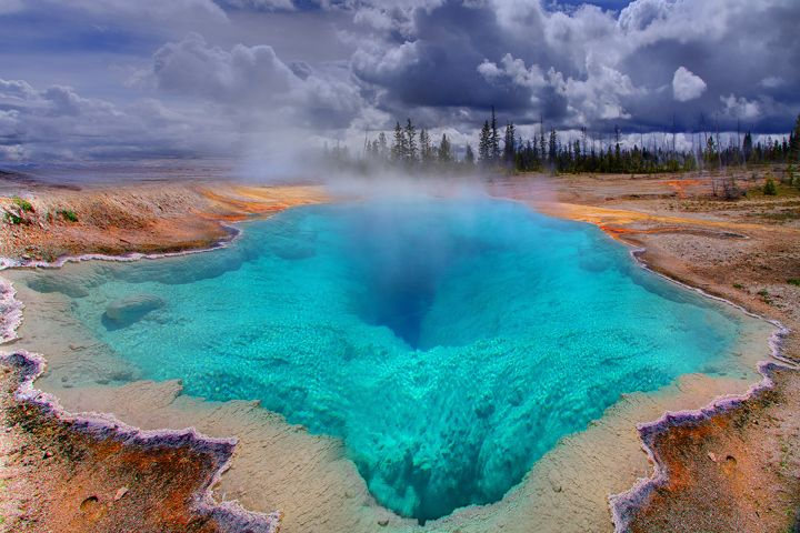 The Deep Blue Hole In Yellowstone.  Cool.
