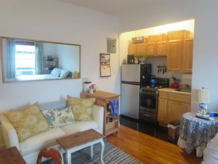 Small studio apartment nyc 5 super efficient tiny new york for Manhattan west village apartments