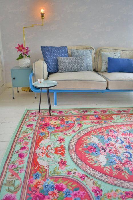 vintage look vloerkleed 276cm x 185cm 70% wol en 30% polyester (nu bestelbaar, vanaf 25 juli op voorraad) PRE-ORDER DIT VLOERKLEED! Replica vintage tapijt 610 Kleur: divers Afmetingen 276cm x ...