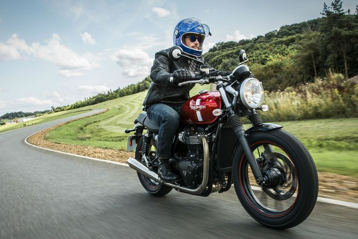 Triumph Bonneville pricing and specs revealed   Visordown   The UK's No.1 motorcycle news, reviews and road tests resource