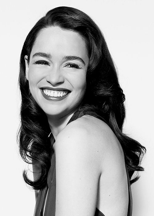 Emilia Clarke - plug her smile into the National Grid and millions of homes would suddenly light up...*sigh* <3 <3 <3