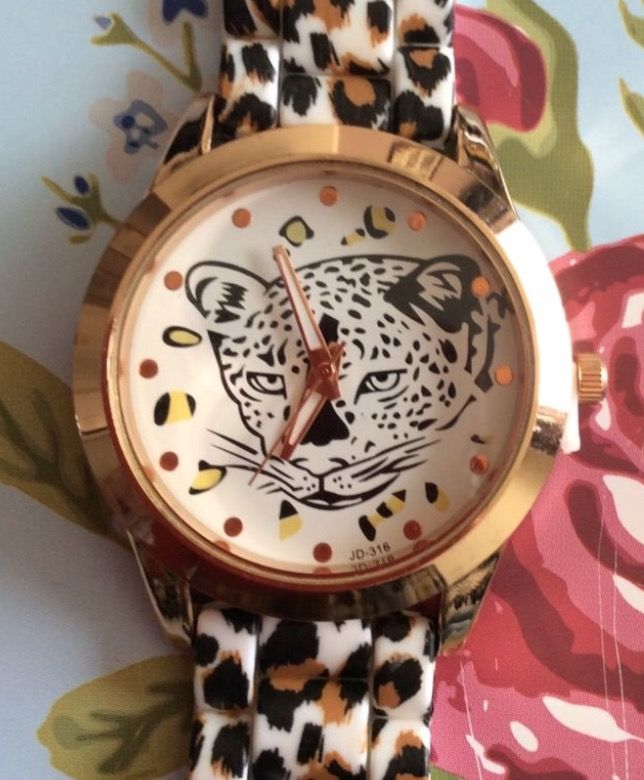 Leopard Print Silicon Strap - Leopard Watch #present #gift #accessories #ladies #jewellery #leopard #animal #animals #watch #watches #wrist #wristwatch #strap #silicon #cute http://m.ebay.co.uk/itm/Leopard-Print-Silicon-Strap-Leopard-Women-Wrist-Watch-Ladies-Xmas-Animal-Cute-/282418608747?nav=SELLING_ACTIVE