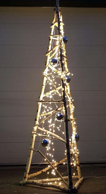 Kerstboom Met Verlichting En Kerstballen Www Decoratietakken Nl