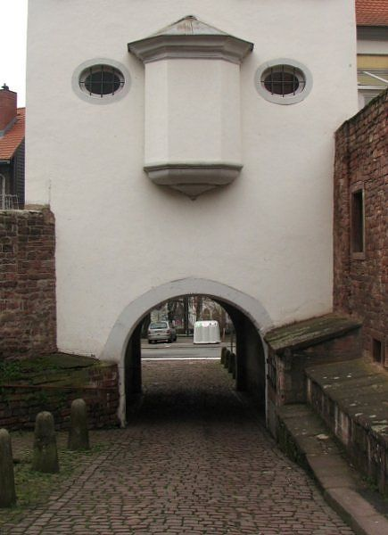 Nil by Mouth: Doors, Houses, Building, Sad Faces, Human Faces, Big Nose, Funny Humor, Funny Faces, Architecture