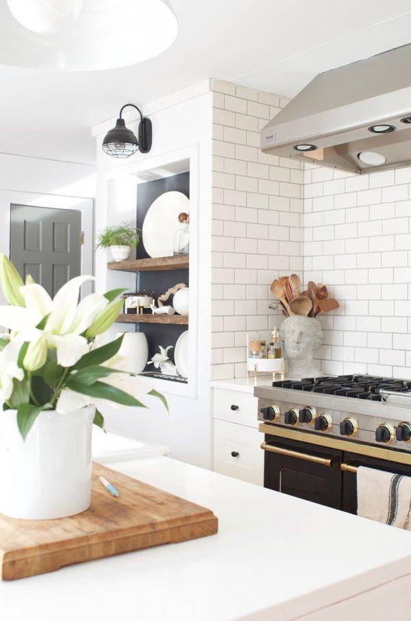 A Cozy Minimalist Spring Home