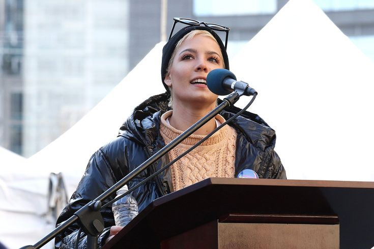 Singer Halsey Reveals She Endured Multiple Sexual Assaults in Powerful Poem at the Women's March